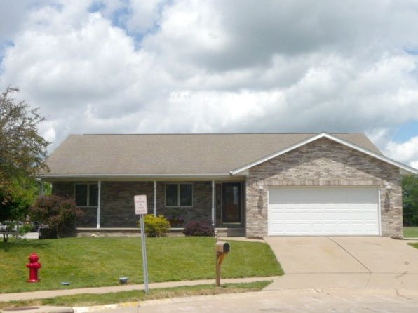 3 bed 3 bath Single Family at 1000 16th Street Ct Silvis, IL, 61282 is for sale at 235k - 1 of 19