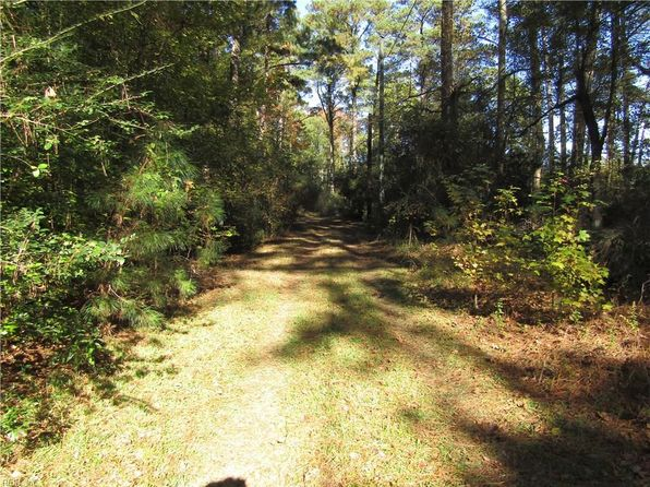 null bed null bath Vacant Land at 3218 Goodwin Neck Rd Yorktown, VA, 23692 is for sale at 450k - 1 of 5