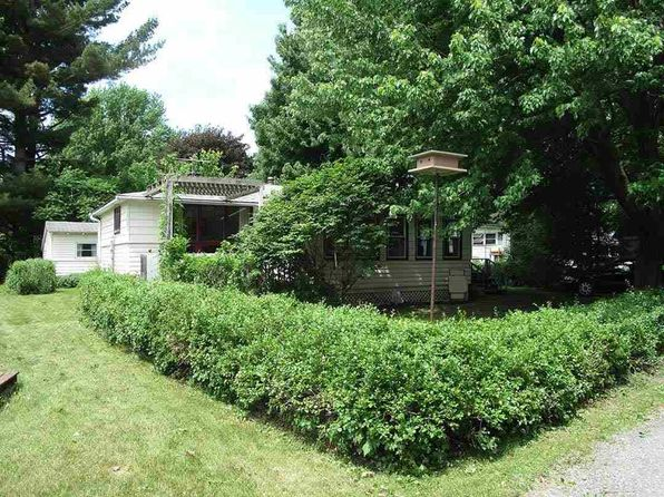2 bed 1 bath Single Family at  5 Mooney Drive Alburgh, VT, 05440 is for sale at 115k - 1 of 17