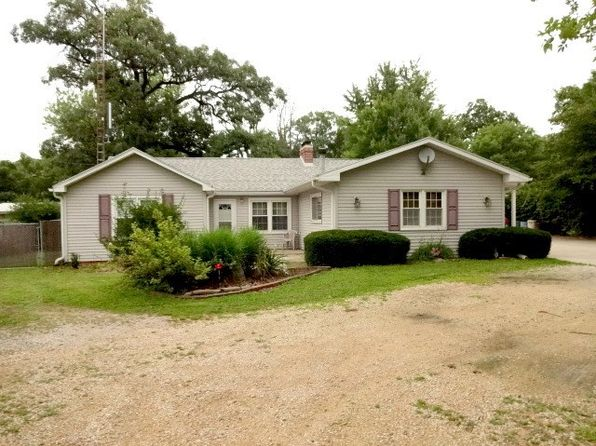 3 bed 1 bath Single Family at 6257 E 3000 North Rd Streator, IL, 61364 is for sale at 110k - 1 of 22