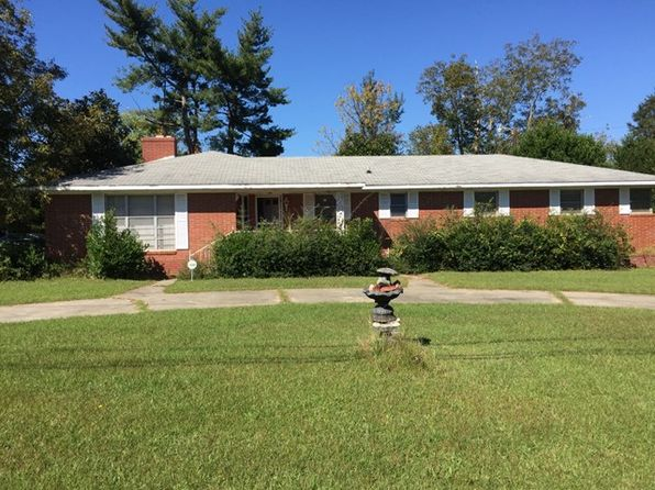 4 bed 3 bath Single Family at 614 Camellia St NE Aiken, SC, 29801 is for sale at 80k - 1 of 8