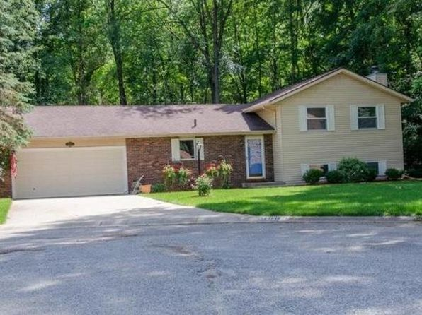 4 bed 3 bath Single Family at 51909 Old Valley Loop Granger, IN, 46530 is for sale at 160k - 1 of 17