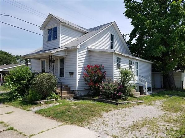 3 bed 1 bath Single Family at 215 Haller St Wood River, IL, 62095 is for sale at 19k - 1 of 13