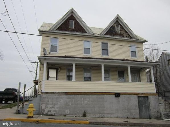3 bed 1 bath Single Family at 198 S High St Martinsburg, WV, 25404 is for sale at 80k - 1 of 3