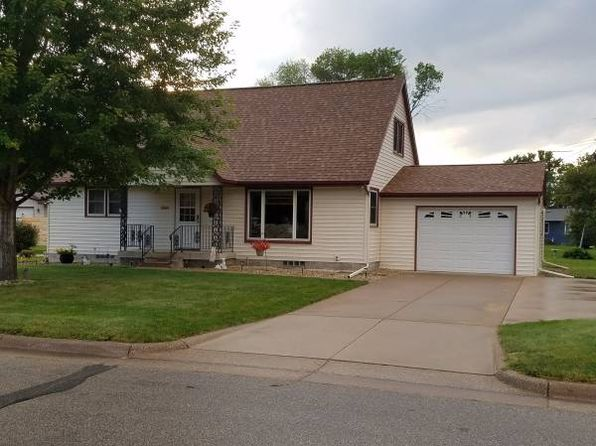4 bed 2 bath Single Family at 3405 Geneva Ln La Crosse, WI, 54601 is for sale at 175k - 1 of 22