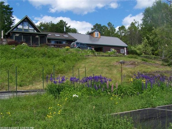 4 bed 2 bath Single Family at 183 Wilsons Mills Rd Rangeley, ME, 04970 is for sale at 295k - 1 of 32