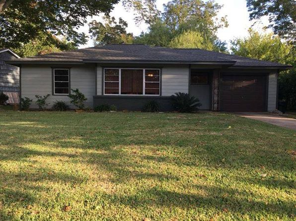 3 bed 2 bath Single Family at 310 Wisteria St Lake Jackson, TX, 77566 is for sale at 175k - 1 of 25