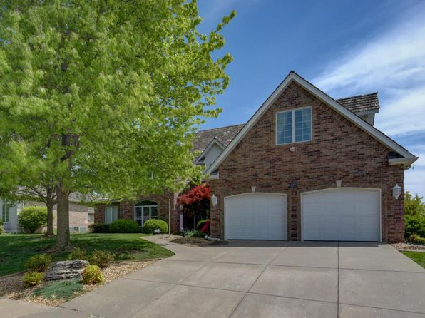4 bed 4.5 bath Single Family at 1142 N New Castle Ave Springfield, MO, 65802 is for sale at 340k - 1 of 42