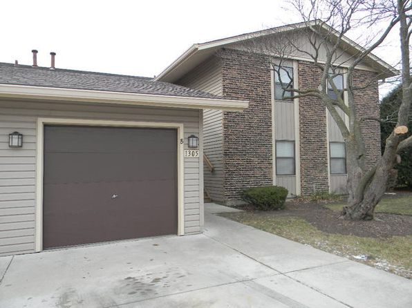 2 bed 1 bath Condo at 1305 Bamburg Ct Hanover Park, IL, 60133 is for sale at 110k - 1 of 8