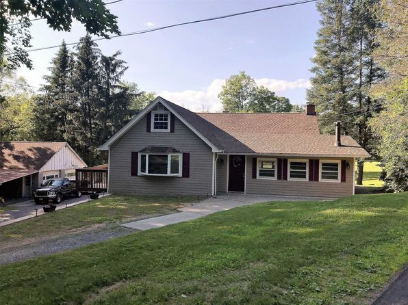 4 bed 2 bath Single Family at 745 Centre Rd Staatsburg, NY, 12580 is for sale at 210k - 1 of 24
