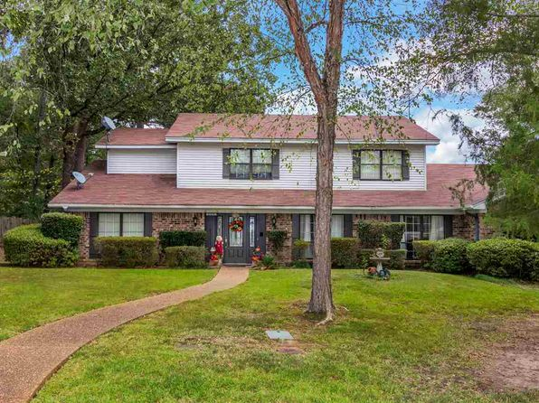5 bed 4 bath Single Family at 1101 RICHWOOD ST LONGVIEW, TX, 75604 is for sale at 299k - 1 of 25