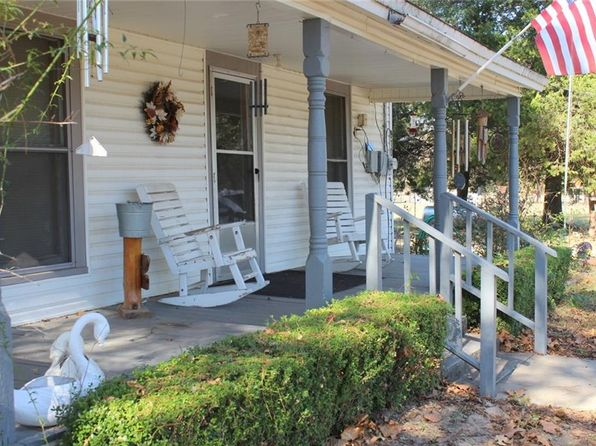 3 bed 1 bath Single Family at 810 County Road 4815 Winnsboro, TX, 75494 is for sale at 85k - 1 of 18