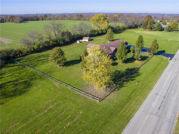 4 bed 3 bath Single Family at 8723 Stockholm Ct Waynesville, OH, 45068 is for sale at 320k - 1 of 47
