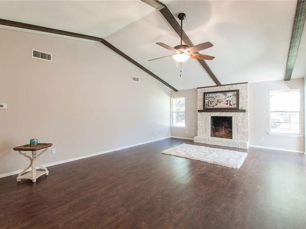 4 bed 2 bath Single Family at 2829 Elk Grove Rd Carrollton, TX, 75007 is for sale at 270k - 1 of 29