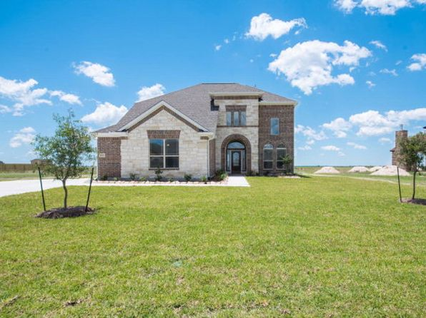 4 bed 3 bath Single Family at 14885 Michelle Ln Beaumont, TX, 77713 is for sale at 373k - 1 of 27