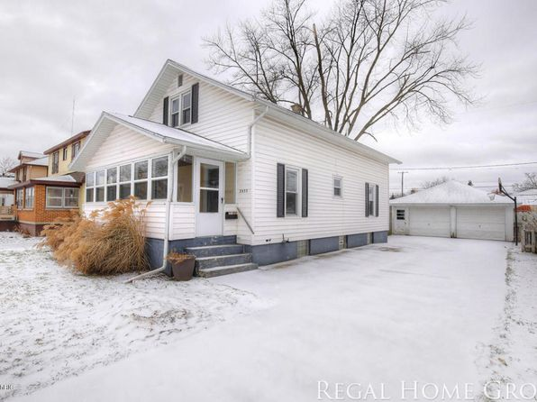 3 bed 1 bath Single Family at 2433 Lamar Ave SW Wyoming, MI, 49519 is for sale at 135k - 1 of 22