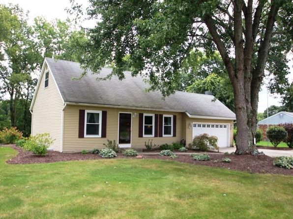 2 bed 1 bath Single Family at 721 S Old 3c Rd Sunbury, OH, 43074 is for sale at 180k - 1 of 24