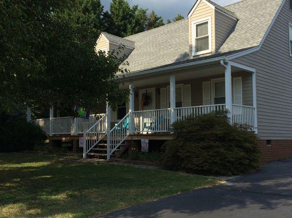 4 bed 2 bath Single Family at 8228 J David Ln Mechanicsville, VA, 23111 is for sale at 275k - 1 of 36