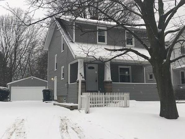 3 bed 1 bath Single Family at 740 Tallmadge Rd Cuyahoga Falls, OH, 44221 is for sale at 115k - 1 of 19