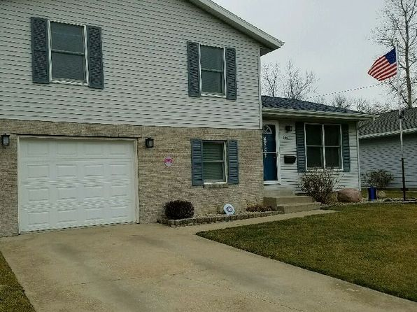 3 bed 1 bath Single Family at 201 E Indiana Ave Pontiac, IL, 61764 is for sale at 115k - 1 of 38