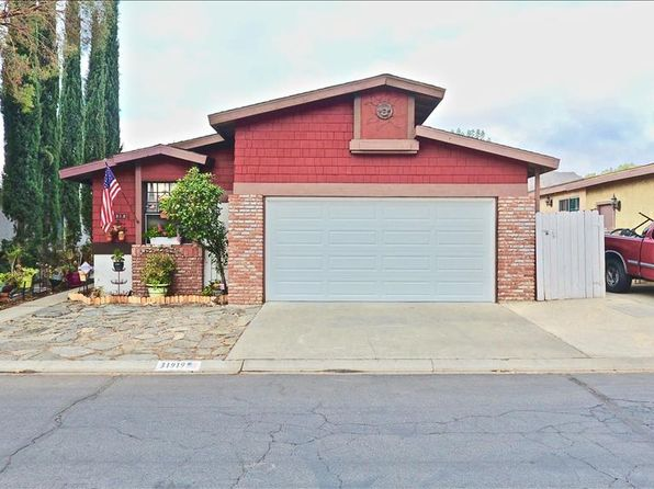 2 bed 2 bath Single Family at 31919 Cinnabar Ln Castaic, CA, 91384 is for sale at 335k - 1 of 19