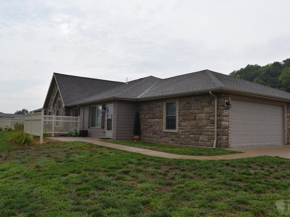 2 bed 2 bath Townhouse at 4943 Grand View Ln Fort Madison, IA, 52627 is for sale at 129k - 1 of 12
