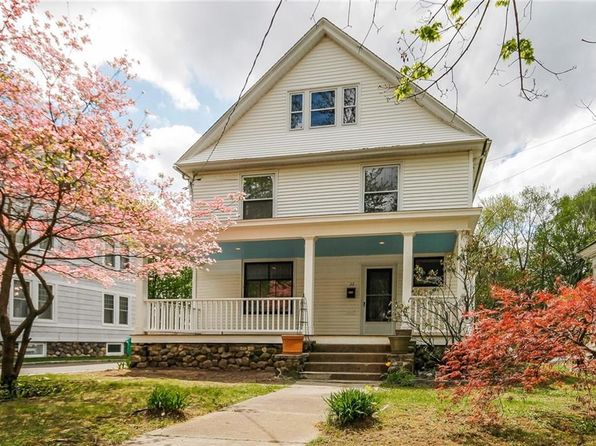 4 bed 2 bath Single Family at 22 Pleasant St Danbury, CT, 06810 is for sale at 325k - 1 of 24