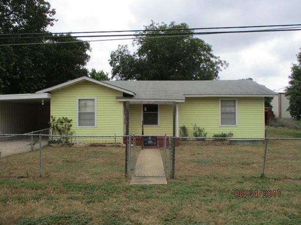 4 bed 2 bath Single Family at 218 Washington St Ingram, TX, 78025 is for sale at 90k - 1 of 15