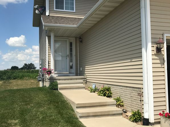 3 bed 3 bath Condo at 6247 Muirfield Dr SW Cedar Rapids, IA, 52404 is for sale at 153k - 1 of 26