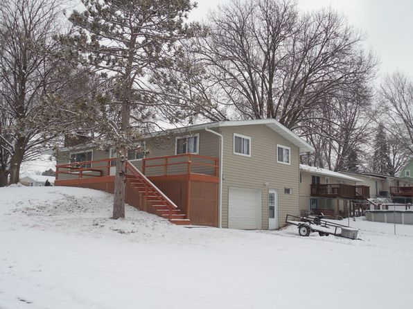 3 bed 1 bath Single Family at 1100 2nd Ave Fulton, IL, 61252 is for sale at 97k - 1 of 12