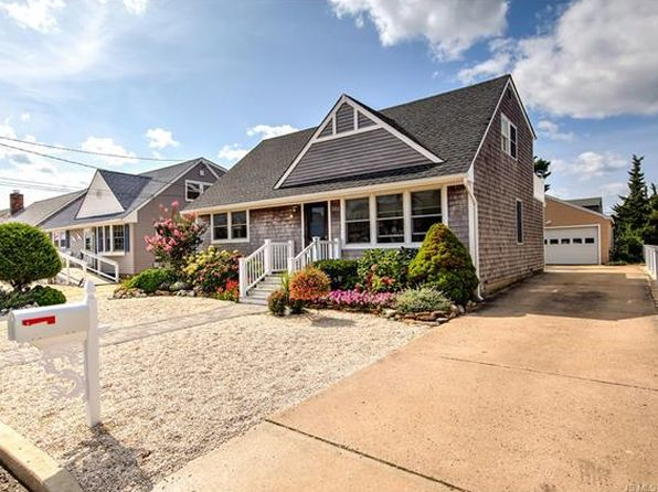 4 bed 3 bath Single Family at 352 N 3rd St Surf City, NJ, 08008 is for sale at 675k - 1 of 36
