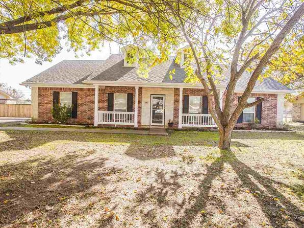 4 bed 3 bath Single Family at 420 Audrey Ave Waco, TX, 76705 is for sale at 205k - 1 of 24
