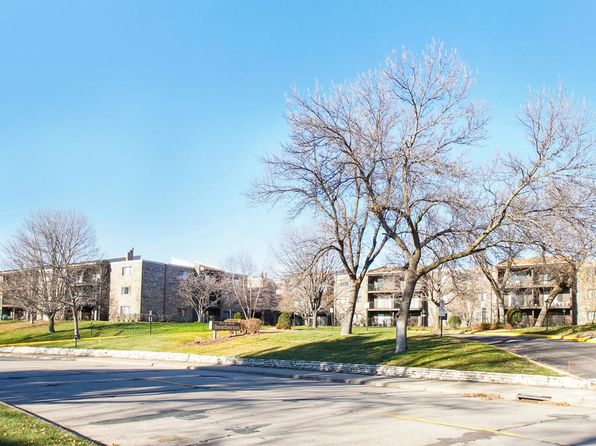 2 bed 2 bath Condo at 4120 Parklawn Ave Edina, MN, 55435 is for sale at 105k - 1 of 18