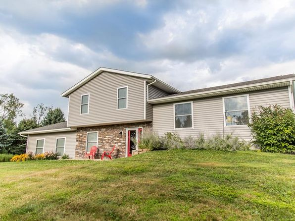 3 bed 3 bath Single Family at 1792 Skylark Dr Mogadore, OH, 44260 is for sale at 270k - 1 of 35