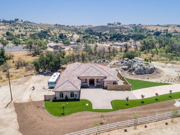 4 bed 5 bath Single Family at 39025 E Benton Temecula, CA, 92592 is for sale at 1.39m - 1 of 35