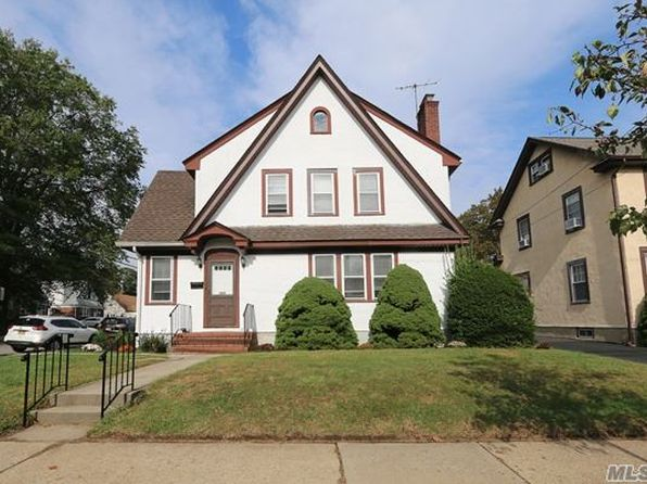3 bed 1.5 bath Single Family at 364 1st St Mineola, NY, 11501 is for sale at 500k - 1 of 15