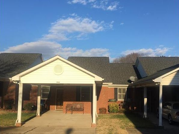 2 bed 2 bath Townhouse at 19940 Oak Leaf Cir Cornelius, NC, 28031 is for sale at 133k - 1 of 10