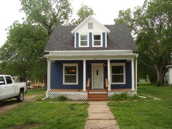 2 bed 2 bath Single Family at 334 W Walnut St Waterville, KS, 66548 is for sale at 64k - 1 of 18
