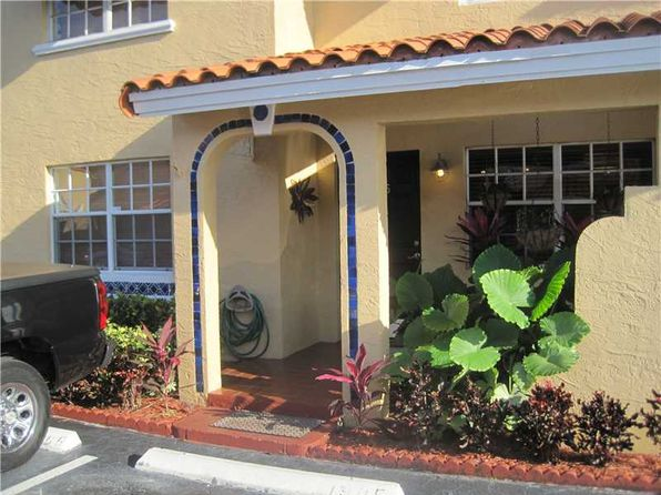 4 bed 2 bath Single Family at 811 WAIANUENUE AVE HILO, HI, 96720 is for sale at 285k - 1 of 13
