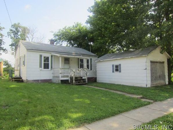 2 bed 1 bath Single Family at 401 W Wall St Mulberry Grove, IL, 62262 is for sale at 9k - 1 of 11