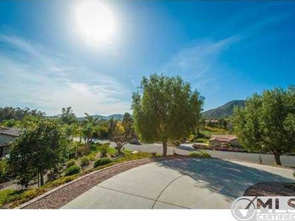 4 bed 3 bath Single Family at 26245 CRESCENDO DR ESCONDIDO, CA, 92026 is for sale at 820k - 1 of 40