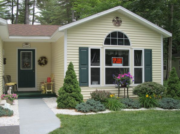 2 bed 2 bath Single Family at 10 Ledgeview Dr Lake George, NY, 12845 is for sale at 135k - 1 of 15