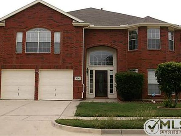 6 bed 4 bath Single Family at 5700 Ridgeview Dr Haltom City, TX, 76137 is for sale at 295k - 1 of 19