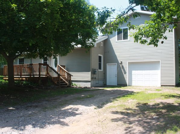 3 bed 2 bath Single Family at 1895 Granite St Marquette, MI, 49855 is for sale at 150k - 1 of 44