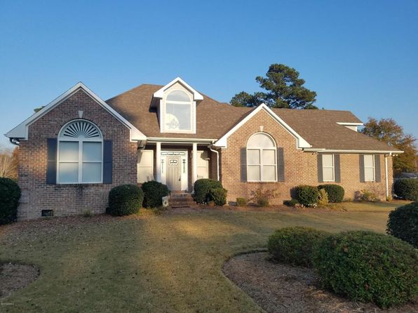 3 bed 3 bath Single Family at 7908 Sanderling Pl Wilmington, NC, 28411 is for sale at 385k - 1 of 30