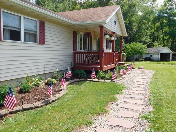 3 bed 2 bath Single Family at 7361 112th St Blue Grass, IA, 52726 is for sale at 190k - 1 of 27