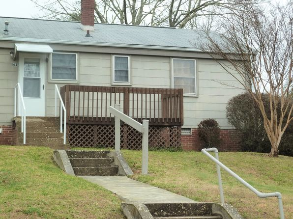 2 bed 1 bath Condo at 104 Elm Bend Rd Brevard, NC, 28712 is for sale at 86k - 1 of 11