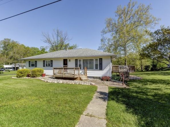 3 bed 1.1 bath Single Family at 1606 Moorwood Dr Decatur, IL, 62521 is for sale at 125k - 1 of 28