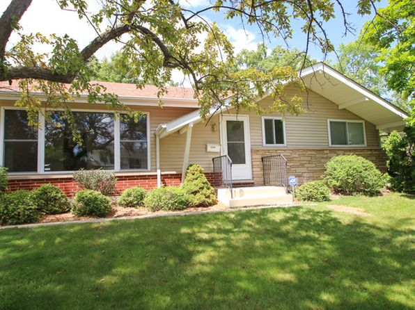 3 bed 1 bath Single Family at 3308 Newcastle Rd Waukegan, IL, 60087 is for sale at 145k - 1 of 14