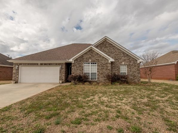 3 bed 2 bath Single Family at 306 Nicole Ln Muscle Shoals, AL, 35661 is for sale at 153k - 1 of 26